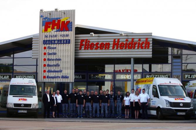 Das komplette Team der Fliesen Heidrich GmbH
